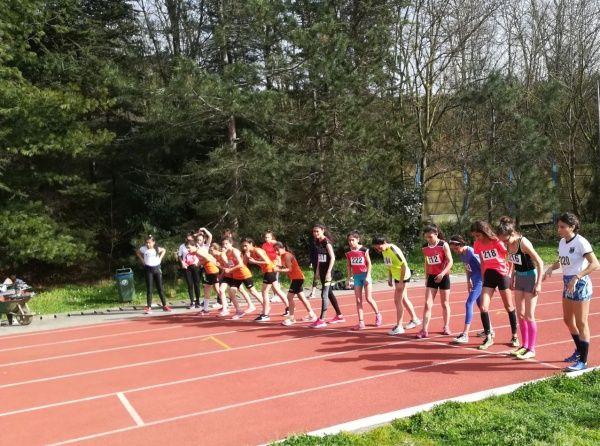 Atletizm Avrupa Yakasi Dördüncülüğü Nilufer Hatun Ortaokulu